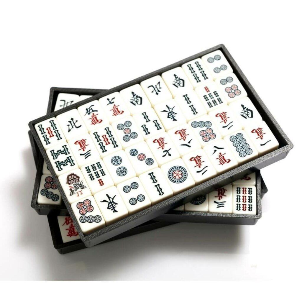 set of mah jongg tiles